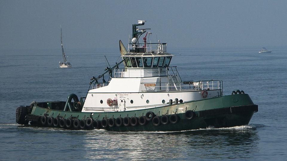 Brynn_Foss_tugboat